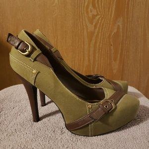Qupid Army green & brown heels